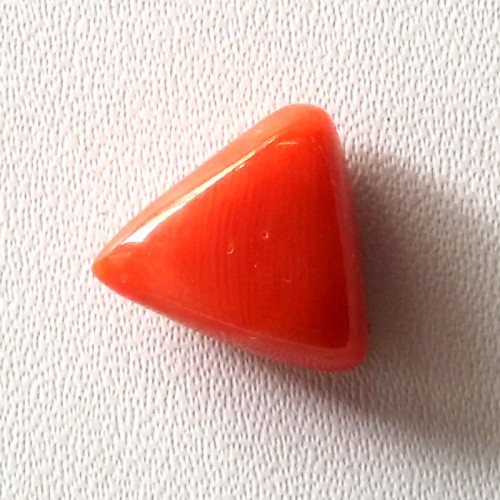 Natural Triangular Red Coral (Moonga) - 5.85 carats